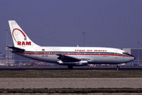 CN-RMI @ EHAM - Royal Air Maroc Boeing 737-2B6 landing at Schiphol airport, the Netherlands, 1982 - by Van Propeller