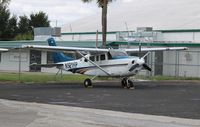 N521HP @ ORL - Cessna T206H