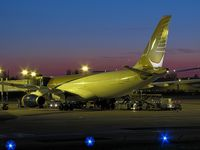 A9C-KF @ LFPG - Colors'night of CDG terminal 1 parking Zoulou - by JC Ravon - FRENCHSKY