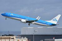 PH-BXS @ LPPT - Buzzard - Buizerd take off runway - by JC Ravon - FRENCHSKY