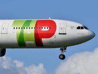 CS-TOB @ LPPT - TAP Air Portugal 282 from Maputo landing runway 03 - by JC Ravon - FRENCHSKY