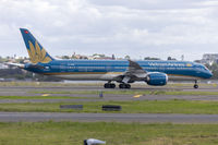 VN-A868 @ YSSY - Vietnam Airlines (VN-A868) Boeing 787-9 Dreamliner departing Sydney Airport - by YSWG-photography