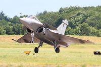 115 @ LFOA - Dassault Rafale C, Landing rwy 24, Avord Air Base 702 (LFOA) Open day 2016 - by Yves-Q