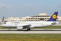 D-AIZB @ LMML - A320 D-AIZB Lufthansa 5Starhansa Special colours - by Raymond Zammit