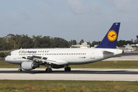 D-AIZB @ LMML - A320 D-AIZB Lufthansa 5Starhansa special livery - by Raymond Zammit