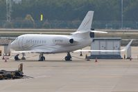 M-FTHD @ ZGGG - Eagle Reach Group Ltd DA2000LX - by FerryPNL