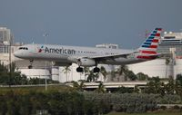 N562UW @ FLL - American - by Florida Metal