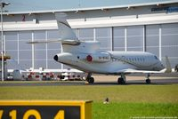 M-WING @ EDDL - Dassault Falcon 7X - GMA Gama Aviation - 215 - M-WING - 04.07.2016 - DUS - by Ralf Winter