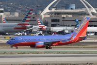 N488WN @ KLAX - Boeing 737-700 - by Mark Pasqualino