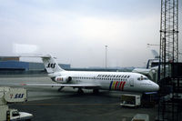 LN-RLL @ EKCH - SAS Douglas DC-9-21 at Copenhagen Kastrup airport, Denmark, 1985 - by Van Propeller