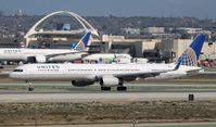 N75853 @ KLAX - Boeing 757-300