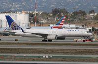 N13113 @ KLAX - Boeing 757-200 - by Mark Pasqualino