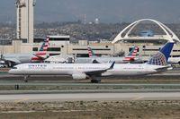 N75851 @ KLAX - Boeing 757-300