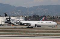 ZK-OKN @ KLAX - Boeing 777-300ER