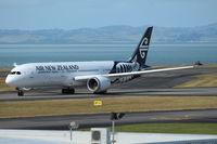 ZK-NZL @ NZAA - Air New Zealand - by Jan Buisman