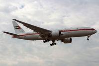 A6-ALN @ LSGG - Landing