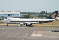 9V-SFP @ EHAM - Singapore Airlines - by Jan Buisman