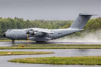 ZM402 @ EDLP - Landing at EDLP.