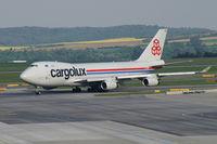 LX-VCV @ VIE - Cargolux Boeing 747-400 - by Thomas Ramgraber