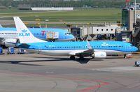 PH-BGA @ EHAM - KLM B738 almost ready for departure. - by FerryPNL