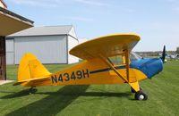 N4349H @ 1C8 - Piper PA-15