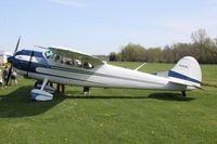 N3005B @ 1C8 - Cessna 195B