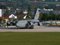 05-5142 @ EDDS - 05-5142 at Stuttgart Airport. - by Heinispotter
