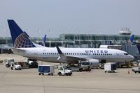 N16703 @ KORD - Boeing 737-700