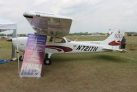 N721TH @ LAL - Cessna 172S