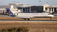 N752SK @ LAX - United Express