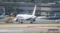 N757AG @ FLL - Private 757