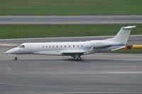 M-ILAN @ VIE - Artjet Embraer 135BJ Legacy 650 - by Thomas Ramgraber