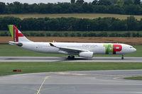 CS-TOX @ VIE - TAP Air Portugal Airbus A330-300 - by Thomas Ramgraber