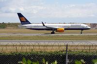 TF-ISJ @ EKCH - TF-ISJ taking off rw 22L - by Erik Oxtorp