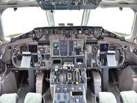 N948TW @ KMKC - Cockpit
