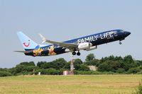 OO-JAF @ LFRB - Boeing 737-8K5, Take off rwy 07R, Brest-Bretagne airport (LFRB-BES) - by Yves-Q