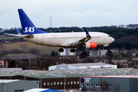 LN-TUM @ EGPD - SAS - On finals to ABZ - by Clive Pattle