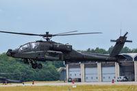 Q-01 @ EHGR - AH-64 - by fink123
