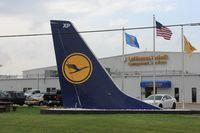 D-ABXP @ KTUL - Boeing 737-330