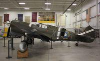N5813 @ I69 - Curtiss P-40M