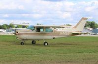N44EE @ KOSH - Cessna T210N