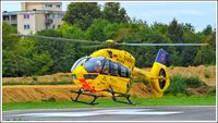 D-HEMS - Christoph 22 mit der D-HEMS @ Krankenhaus Günzburg - by Kevin Laufer