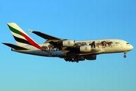 A6-EEQ @ LEBL - Landing