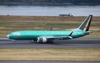 C-FSOC @ KPDX - Boeing 737-8
