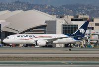 N966AM @ KLAX - Boeing 787-8