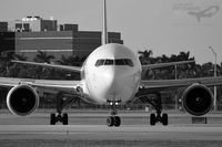 N1229A @ KMIA - MIA > CVG - by Nelson Acosta Spotterimages
