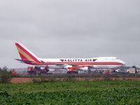 N706CK @ EBOS - Cargo operations