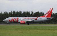 G-GDFH @ EGPH - Boeing 737-3Y5