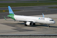 OE-LCP @ VIE - LEVEL (Anisec) Airbus A321 - by Thomas Ramgraber