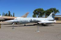 56-0752 @ SUU - F-104A